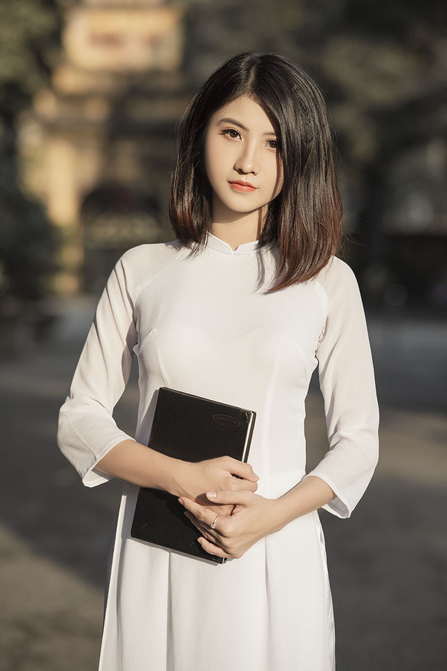 Nữ sinh Ninh Bình sở hữu nét đẹp sắc sảo hút hồn - 2