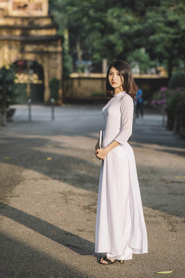 Nữ sinh Ninh Bình sở hữu nét đẹp sắc sảo hút hồn - 3