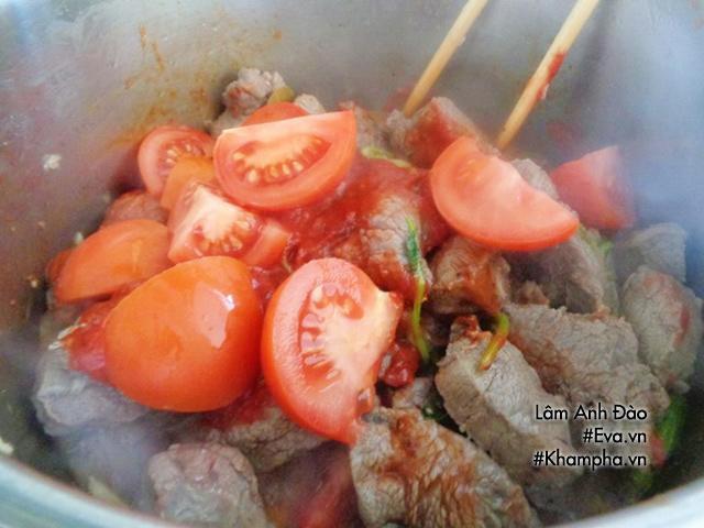 Cách nấu bò kho nước dừa cả nhà vừa ăn vừa khen tới tấp - 3