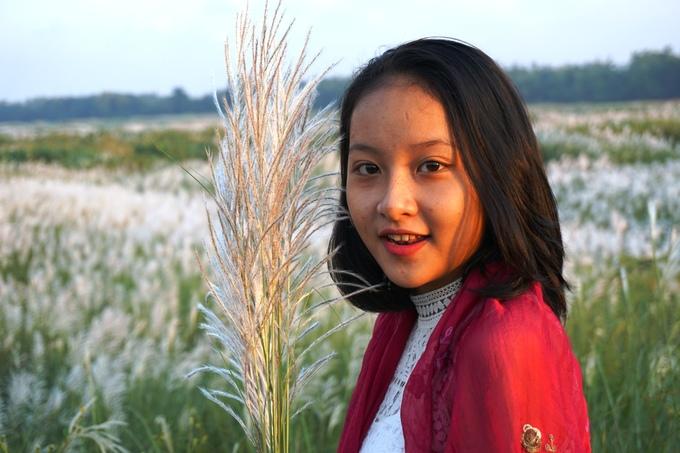 Cánh đồng bạt ngàn cỏ lau trắng giữa sông Trà Khúc - 5