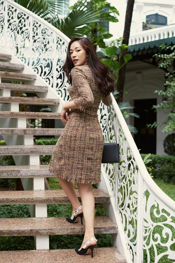 Mai Thanh Hà gợi ý chọn váy đi tiệc cho nàng văn phòng