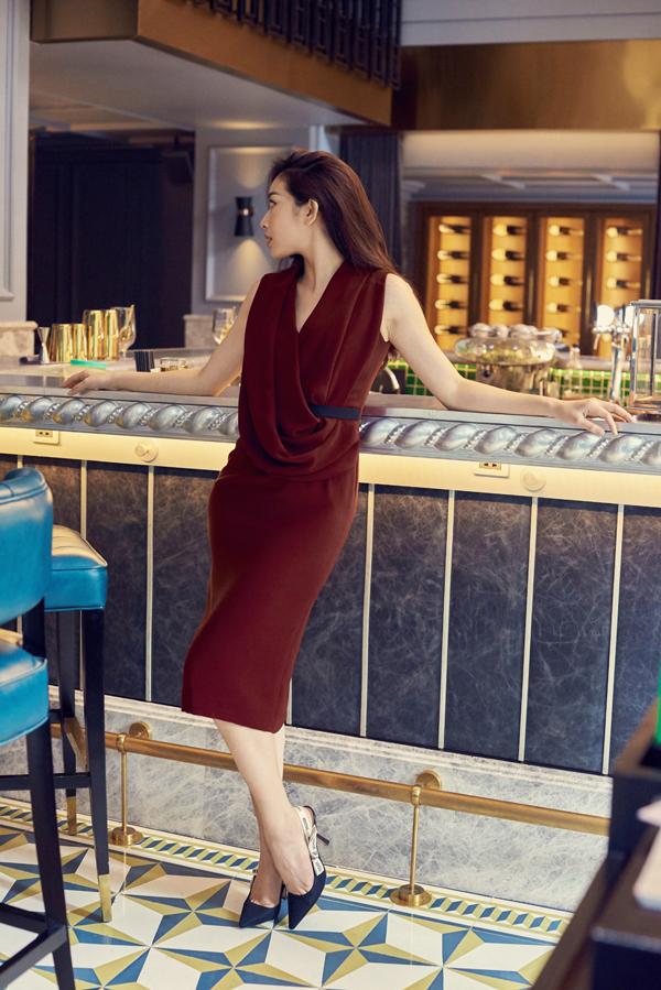 Mai Thanh Hà gợi ý chọn váy đi tiệc cho nàng văn phòng - 3