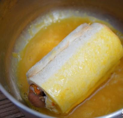 Cách làm cơm cuộn xúc xích vừa đẹp vừa ngon bé nhìn là mê