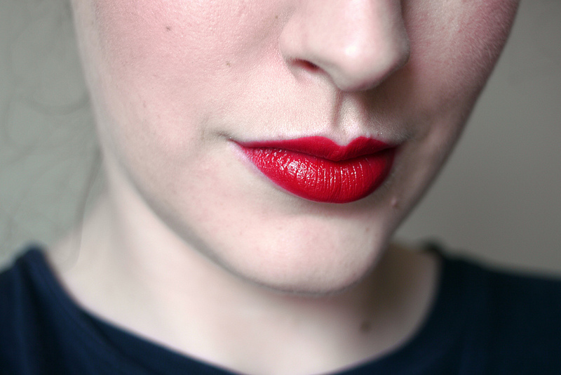 Gợi ý 11 thỏi son đỏ tuyệt đẹp thuộc dòng từ bình dân đến high-end