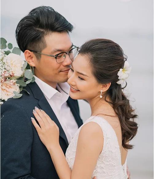 Bị dân mạng ném đá cay độc vì tái hôn đúng ngày sinh nhật chồng cũ, vợ cũ diễn viên quá cố Duy Nhân bật khóc vì tổn thương - 6